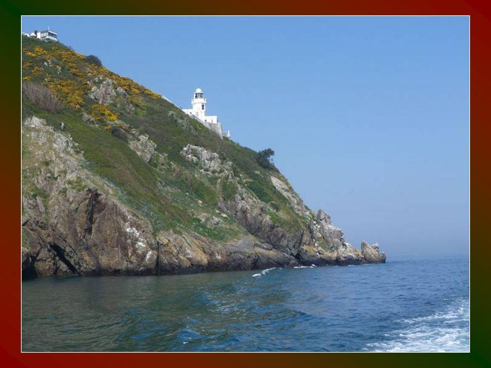 A sziget 2008-ig, ritkaságszámba menően az utolsó feudális rendszerű térség volt Európában.
