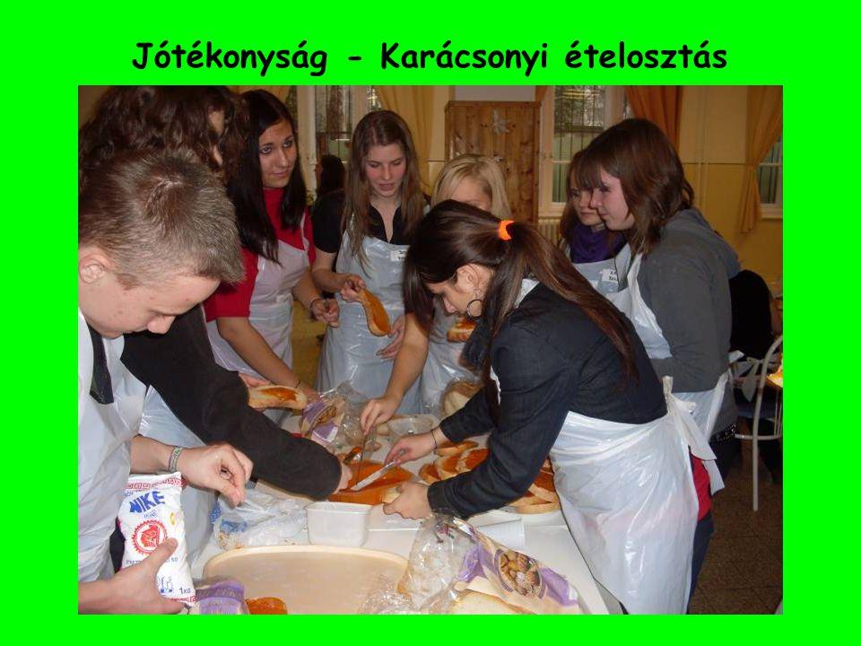 Jótékonyság - Karácsonyi ételosztás