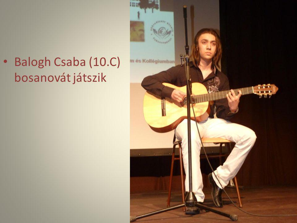 Balogh Csaba (10.C) bosanovát játszik