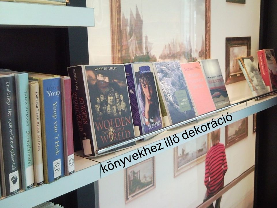könyvekhez illő dekoráció