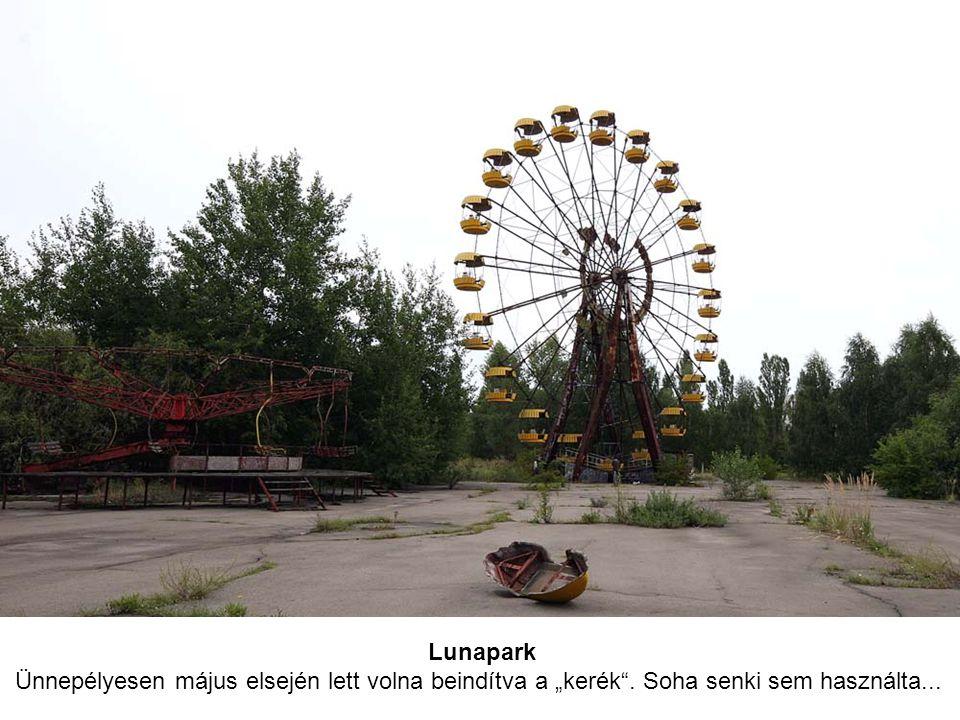 """Lunapark Ünnepélyesen május elsején lett volna beindítva a """"kerék . Soha senki sem használta..."""