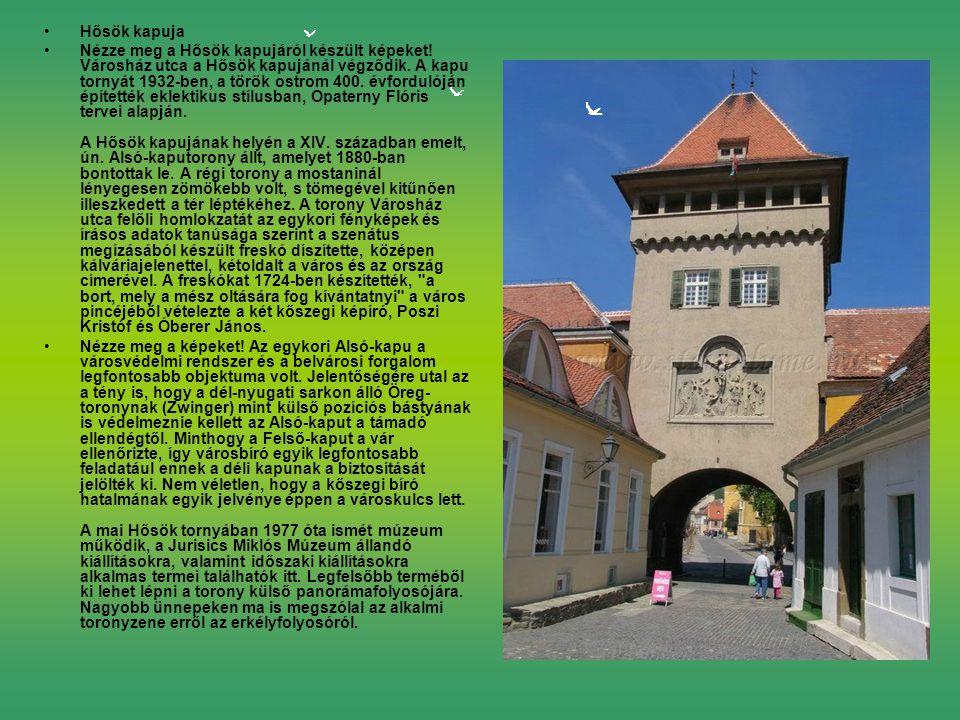 Hősök kapuja Nézze meg a Hősök kapujáról készült képeket.