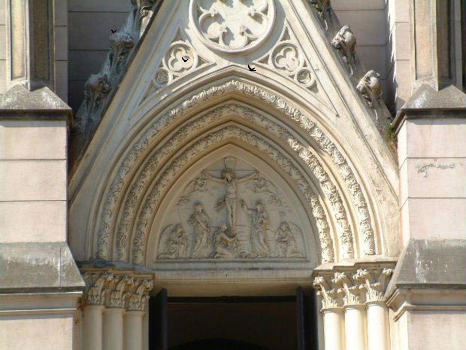 Városháza Nézze meg a Városházáról készült képeket.