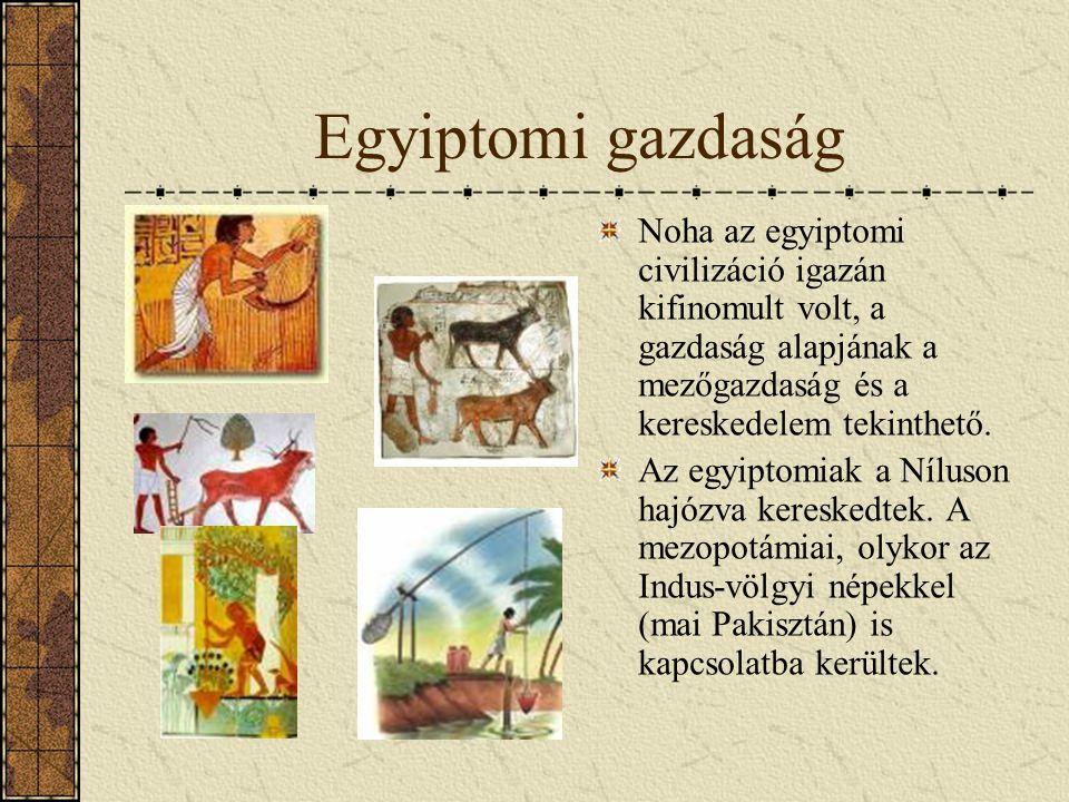 A Nagy Szfinx és Kephrén piramisa