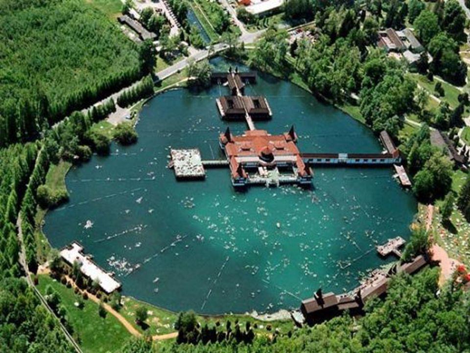 Először 1908-ban folytak búvárok segítségével vizsgálatok, hogy megállapíthassák a tó pontos mélységét.