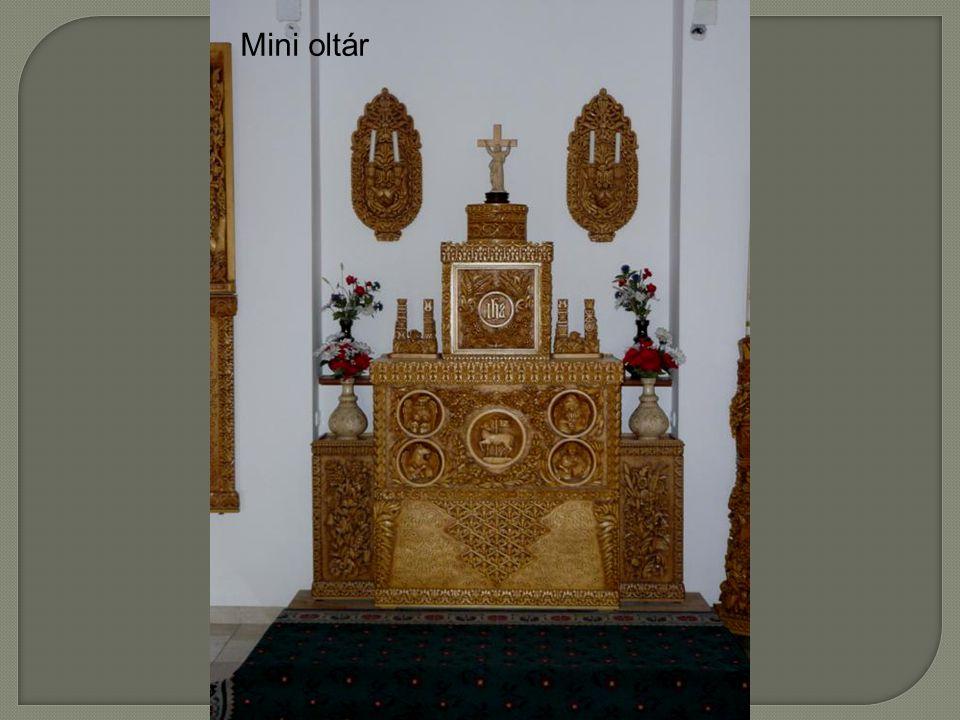 Mini oltár