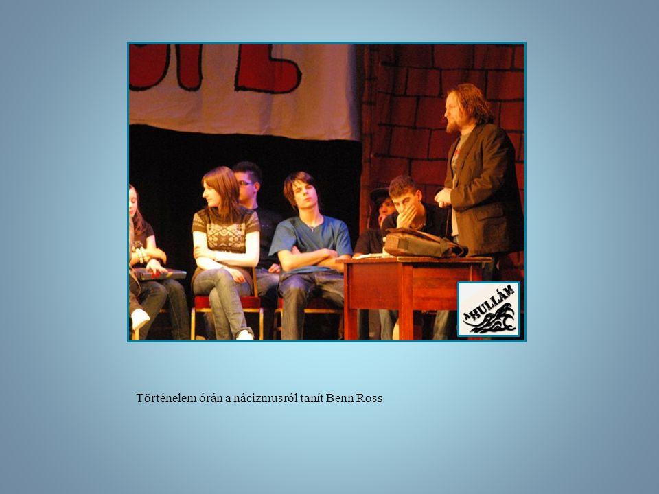 Történelem órán a nácizmusról tanít Benn Ross