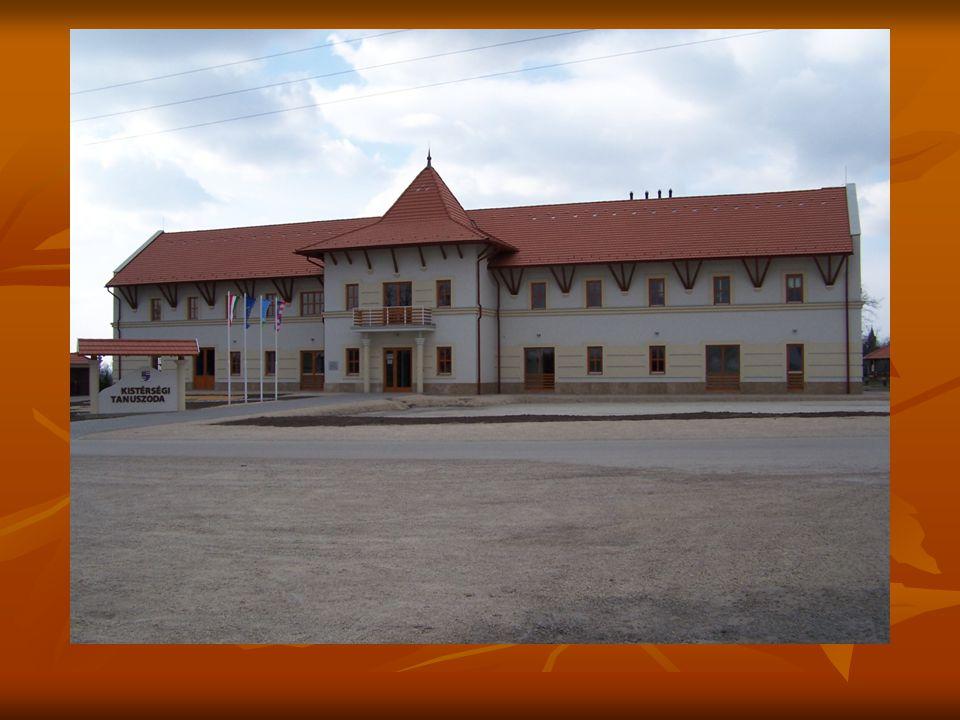 Helyi védelem alatt álló terület Helyi védelem alatt álló terület Történelmi jelentőségű műalkotások Történelmi jelentőségű műalkotások Illeszkedés a településfejlesztési koncepcióhoz Illeszkedés a településfejlesztési koncepcióhoz