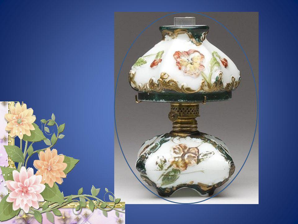 """A petróleum-lámpáknak két főtípusa van, melyek különböző módon működnek: a """"kanócos lámpa"""" és a """"pumpálós lámpa"""