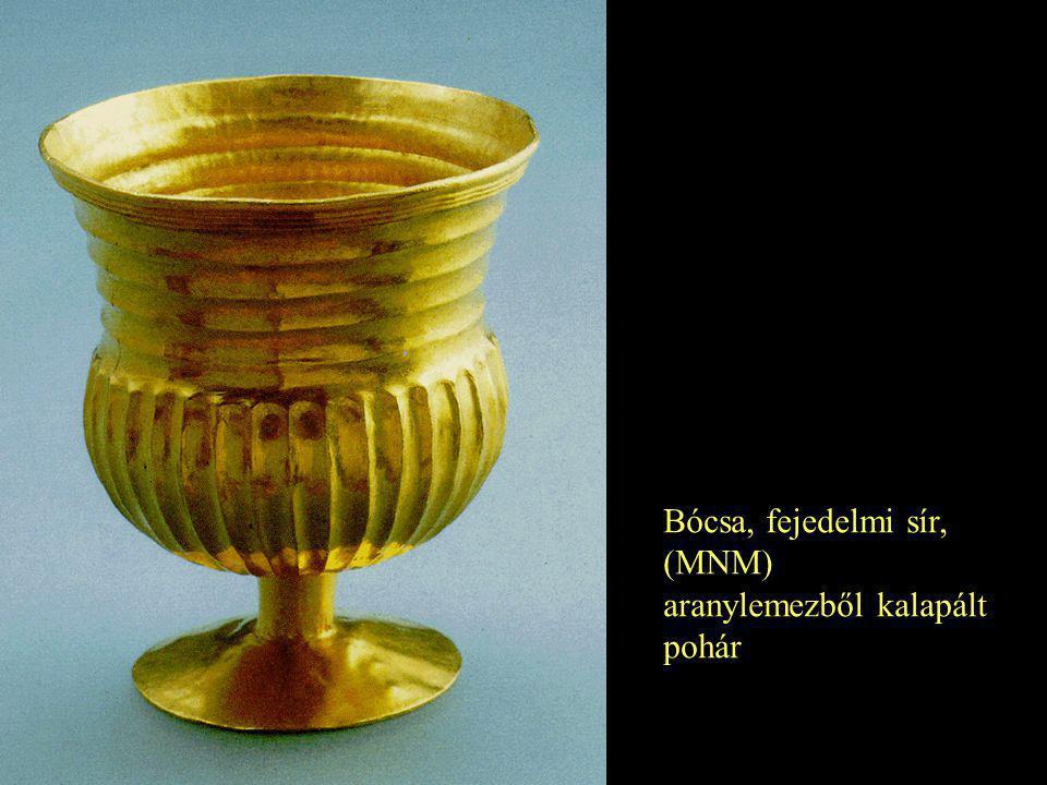 Bócsa, fejedelmi sír, (MNM) aranylemezből kalapált pohár