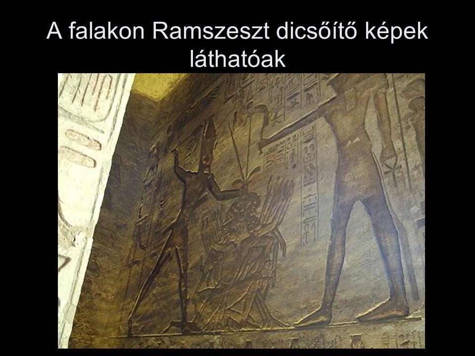 A falakon Ramszeszt dicsőítő képek láthatóak
