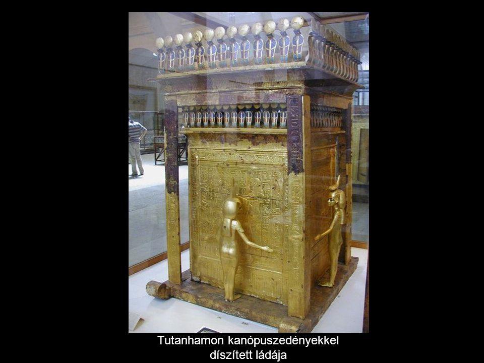 Tutanhamon arany trónszéke
