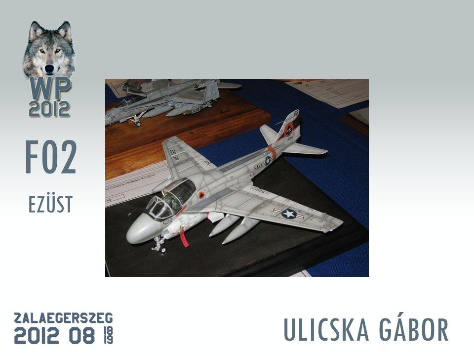 ULICSKA GÁBOR F02 EZÜST