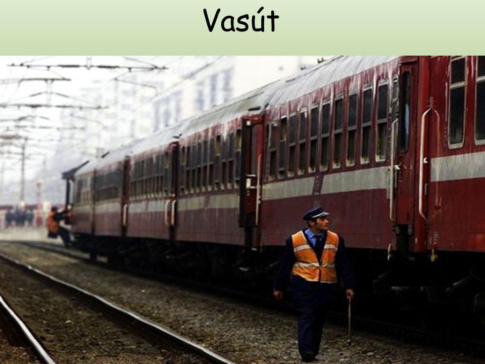 A vágányépítéssel érintett vonalak: Komoró állomás széles kihúzó vágánya, széles vágány melletti baloldali normál vágány, Fényeslitke rendező pályaudv