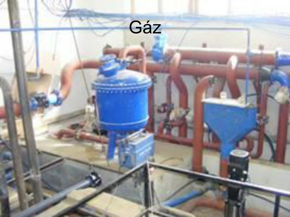 Az iparterület vezetékes földgáz hálózatának kiépítését a TIGÁZ-DSO Földgázellátó Kft. biztosítja. Az előzetes igényfelmérések, valamint a gázszolgált