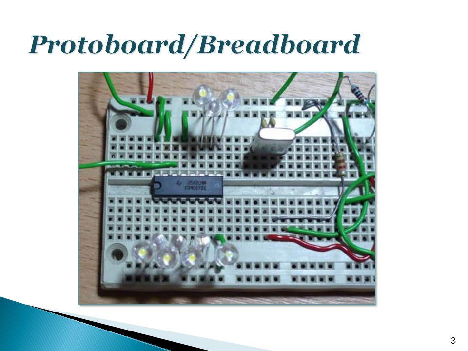  Forrasztásmentes megoldás  Gyors prototípusfejlesztés  DIP/DIL tokos IC-khez ideális  Alacsony megbízhatóság  Nagy kapacitás az egyes vezetékek között  Nagy frekvencián nem használható  Nem minden IC illeszthető bele  Drága  Nagyobb áramkörök esetén nem használható 4