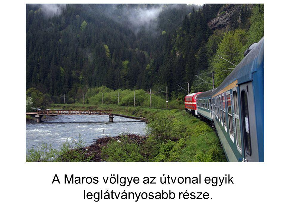 A Maros völgye az útvonal egyik leglátványosabb része.