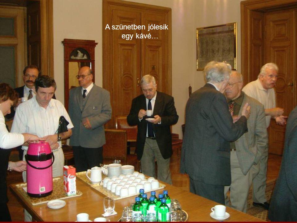 2004 – Szűcs Károly előadása a Jakobinus-teremben