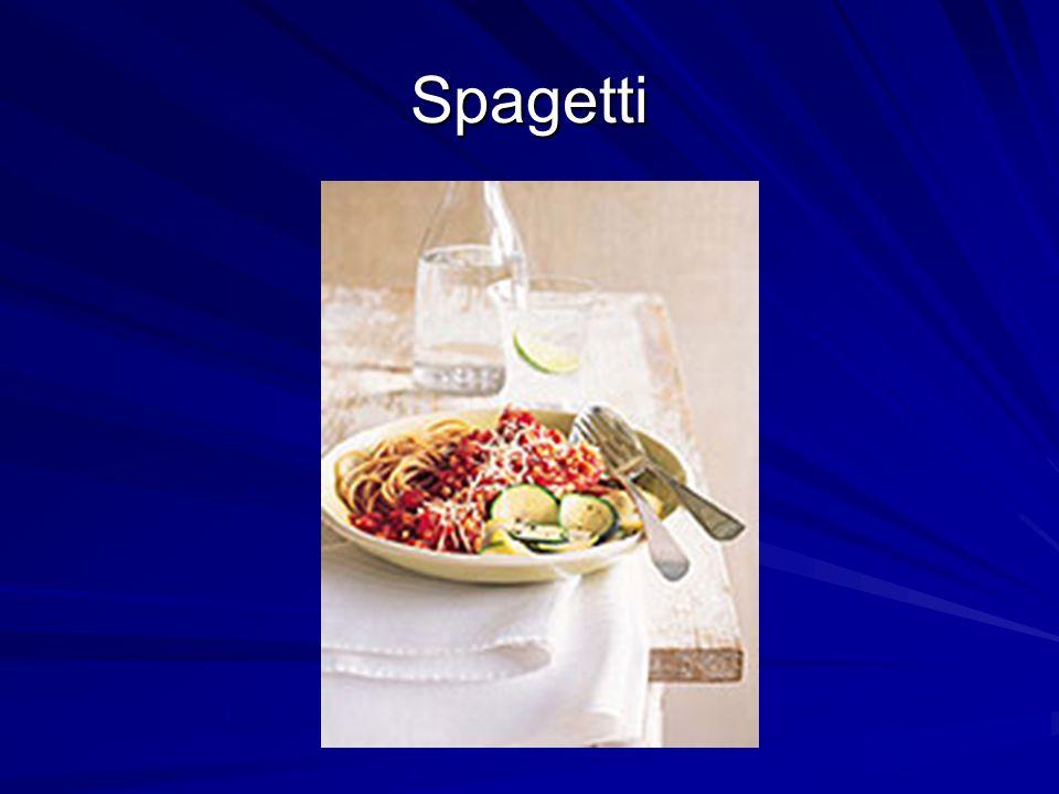 Spagetti hozzávalók 1 csomag spagetti 60 dkg cukkíni 1 fokhagymagerezd 1 fej hagyma 1 ág friss rozmaring 10 dkg natúr sajtkrém 1 dl tejszín 1,5 dl zöldséges erõleves (kockából) só bors olívaolaj 1 csomag spagetti 60 dkg cukkíni 1 fokhagymagerezd 1 fej hagyma 1 ág friss rozmaring 10 dkg natúr sajtkrém 1 dl tejszín 1,5 dl zöldséges erõleves (kockából) só bors olívaolaj