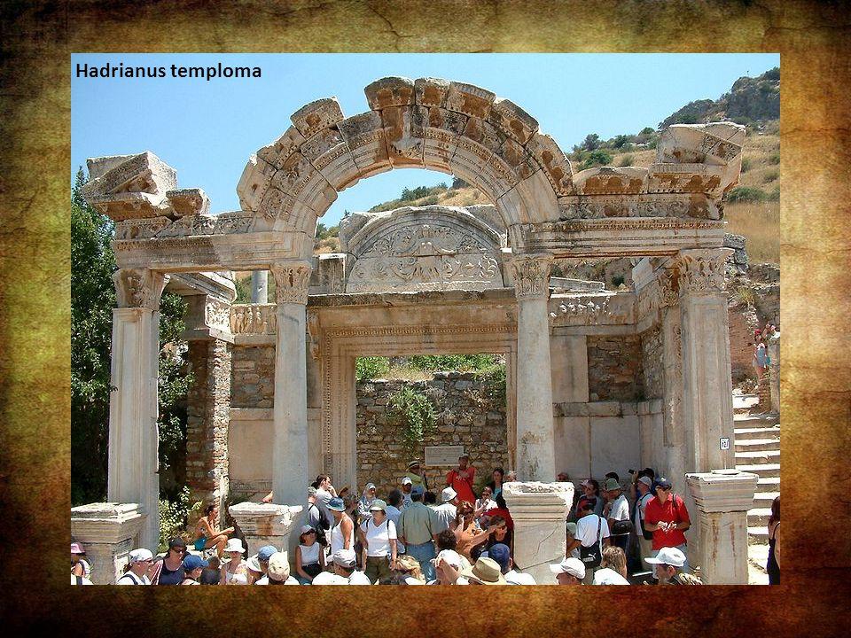 Hadrianus temploma: Hadrianus temploma a Kurétesz úton épült, korinthoszi stílusban. A homlokzatán lévő felirat szerint P. Quintilius megrendelésére é