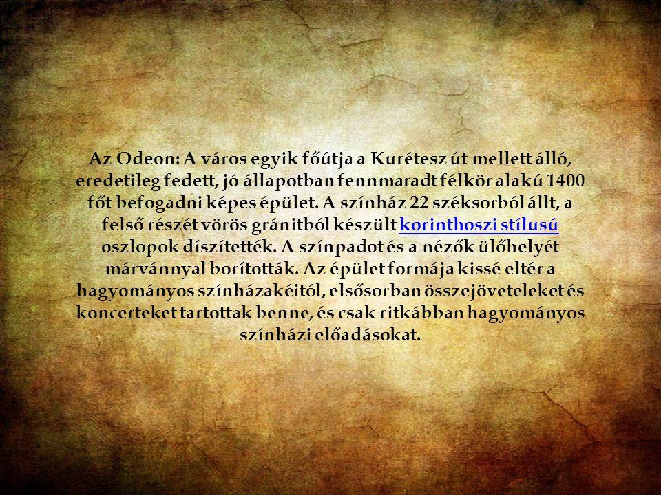 Epheszosz egyik főútja, a Kurétesz út