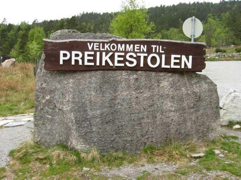 Norvégiában, Stavanger közelében van egy rejtélyes szikla, amely 600 méterre magasodik a Lysefjorden fjord fölé, de oda eljutni mégsem a sziklamászók álma.