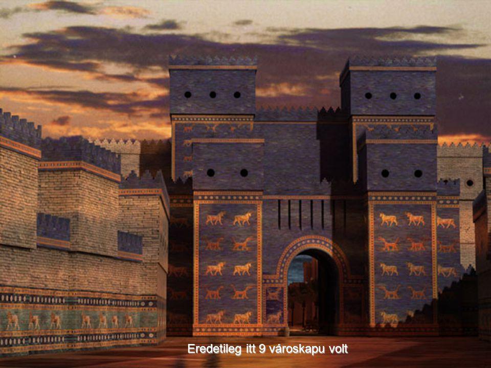 Virágzása idején Babilont vastag falak védték, amelyeket az ókori Marduk isten motívumai díszítettek