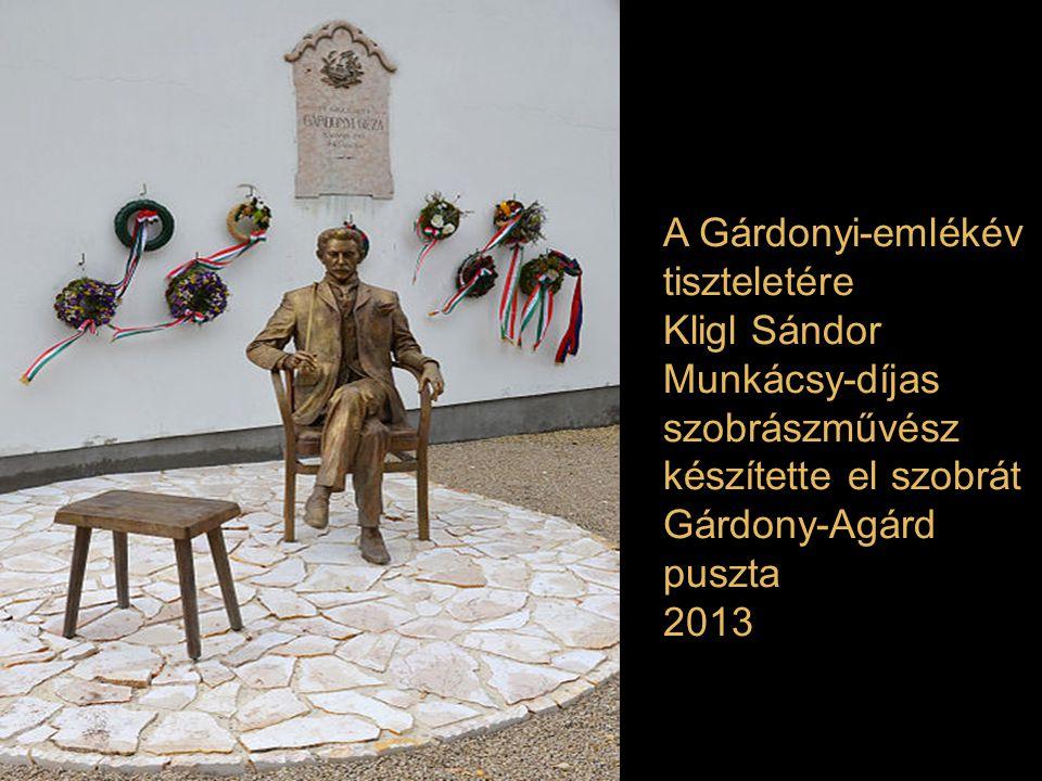 Majoros István szobra: Cseh Tamás Budapest Gellért tér 2013.