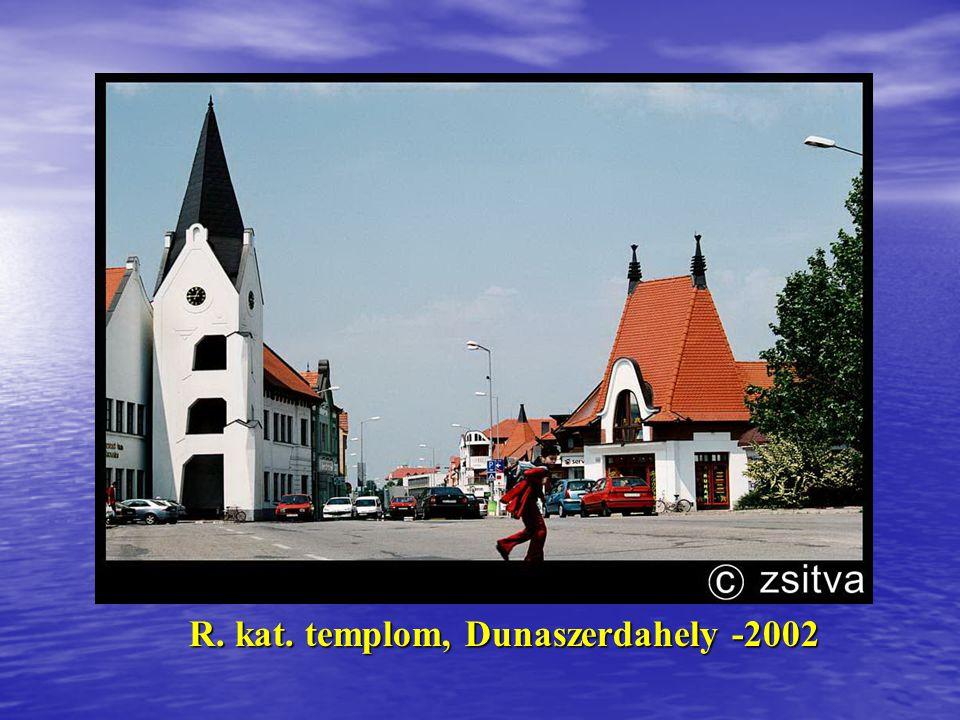 József Attila Gimnázium rekonstrukció- Makó, 2001