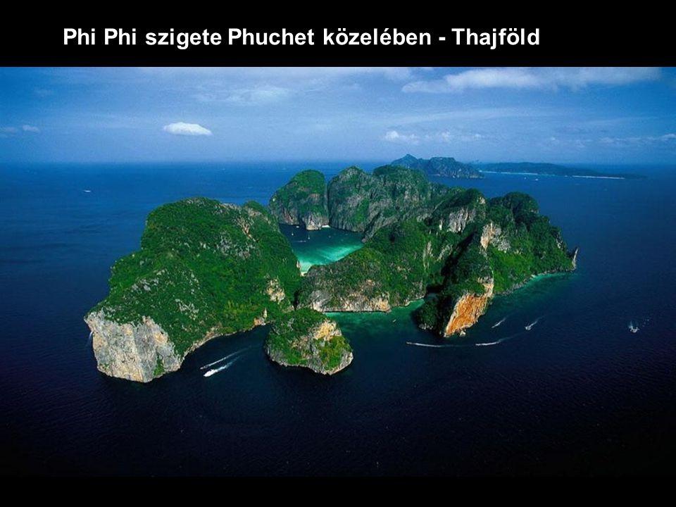 Phi Phi szigete Phuchet közelében - Thajföld