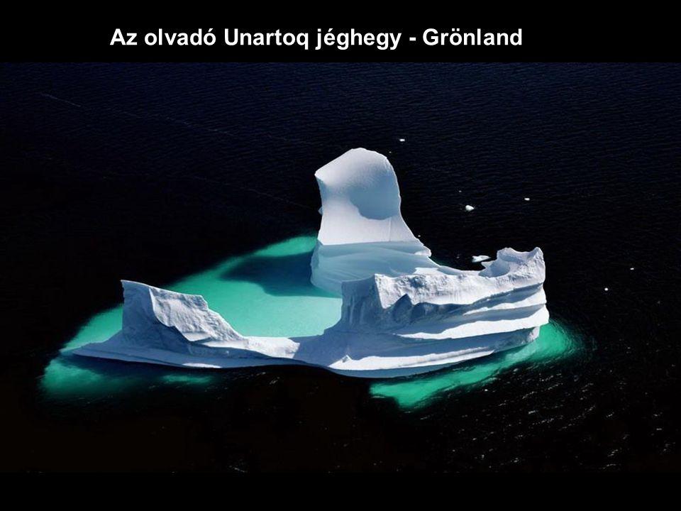 Az olvadó Unartoq jéghegy - Grönland