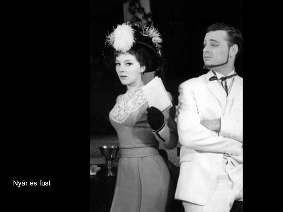 Jászai László (Bp., 1935.ápr. 25.– ) színész: Jászai Mari unokaöccse.