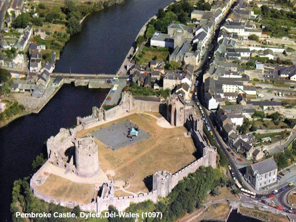Pembroke Castle, Dyfed, Dél-Wales (1097)