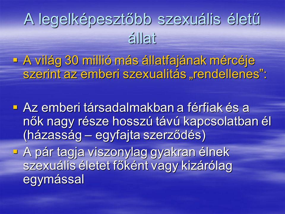  A szexuális közösség mellett az utódok nevelése végett is fontos ez a társulás  A páralkotás (vagy háremtartás) ellenére nem élnek elkülönülten a többi pártól területüket védelmezve (mint pl.