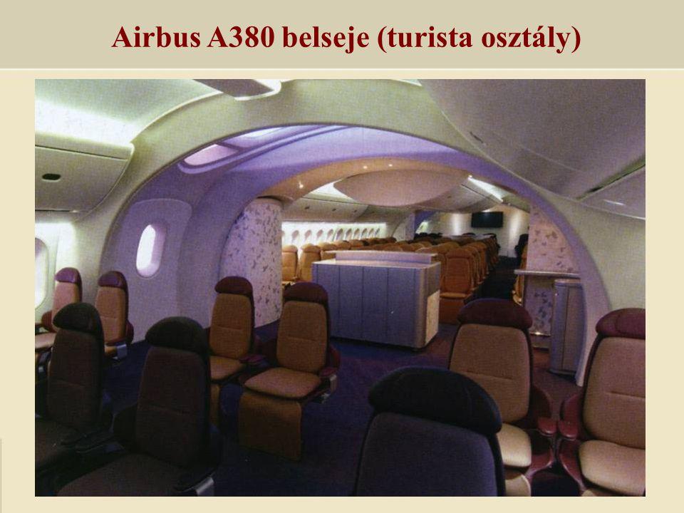 Airbus A380 belseje (turista osztály)