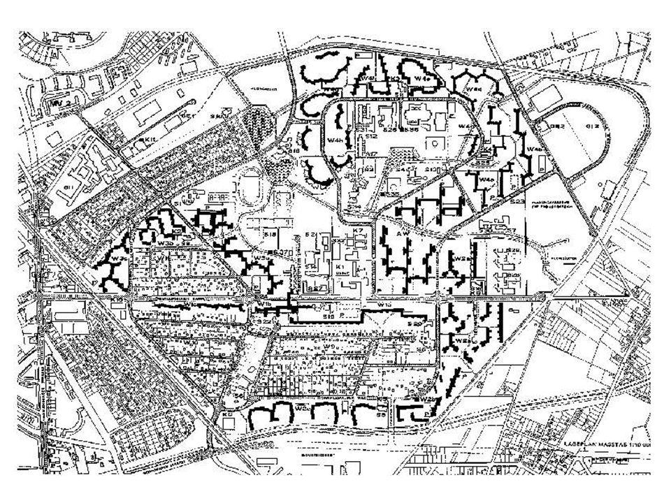 Rob Krier: Ritterstrass Nord/Süd Süd: 1978-1980, 125 lakóóegység Nord: 1982-1989, 315 lakóegység Süd: 30% 2 szobás, 36% 3 szobás, 23% 4 szobás Nord: 2% 1 és 1,5 szobás, 20% 2 szobás, 23% 3 szobás, 40% 4 és 4,5 szobás, 14% 5 szobás Tömblezárás, illetve keretes beépítés.