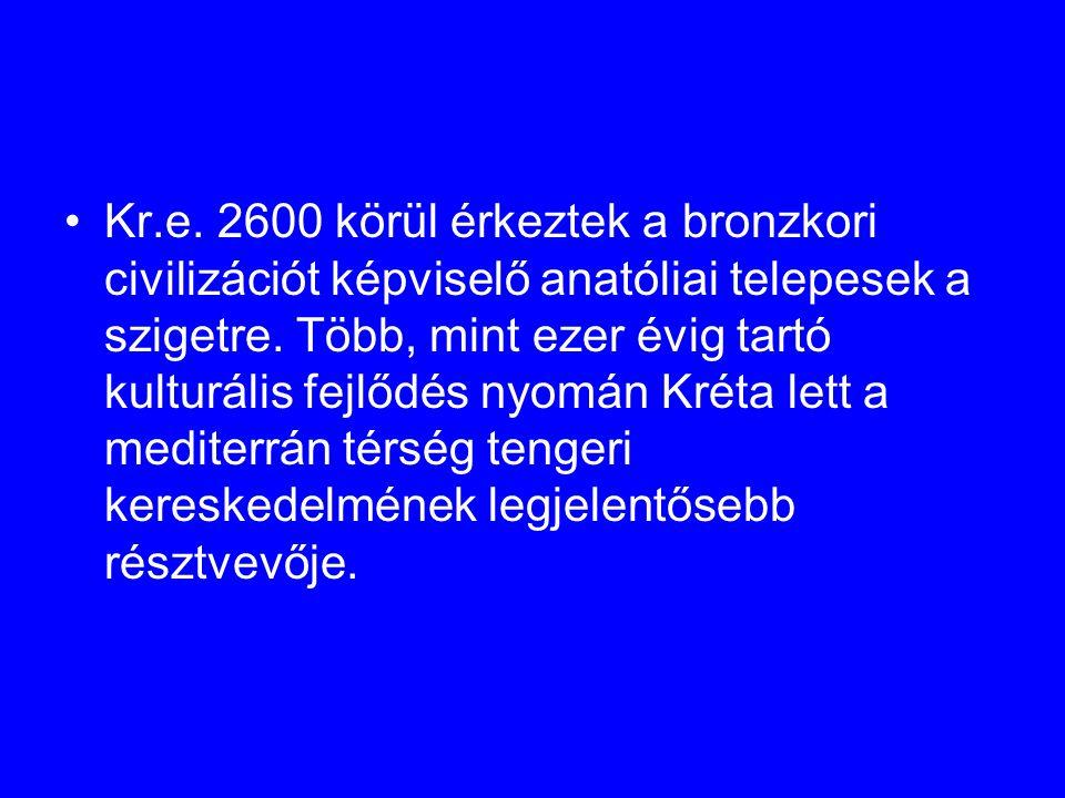 Kr.e. 2600 körül érkeztek a bronzkori civilizációt képviselő anatóliai telepesek a szigetre. Több, mint ezer évig tartó kulturális fejlődés nyomán Kré