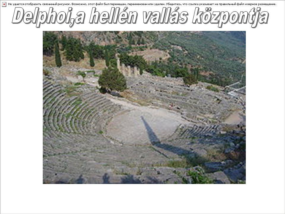Az archaikus időkben a települést a világ közepének tartották és az Apollón tiszteletére emelt szentély-együttes az ókor legnépszerűbb jóshelye volt.