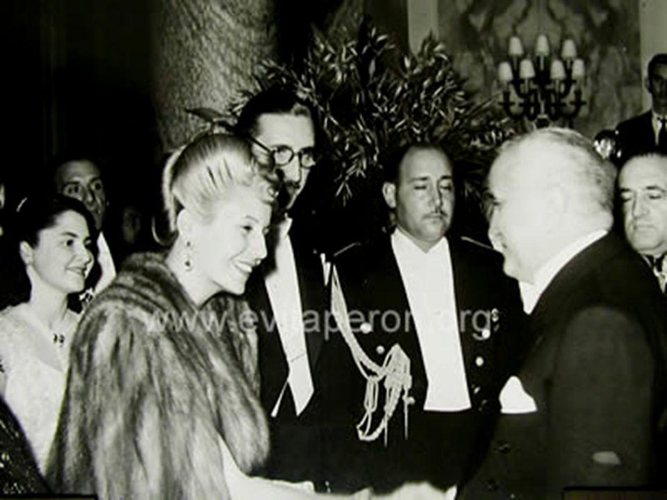 1946-ban az Egészségügyi valamint a Munkaügyi és Népjóléti Minisztérium vezetője lesz.