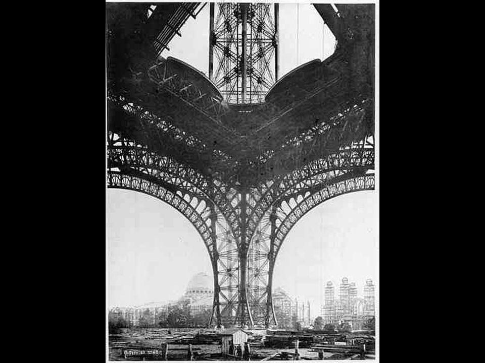 Az első emelet szerelése. 1888 március Az első emelet szerelése. 1888 március