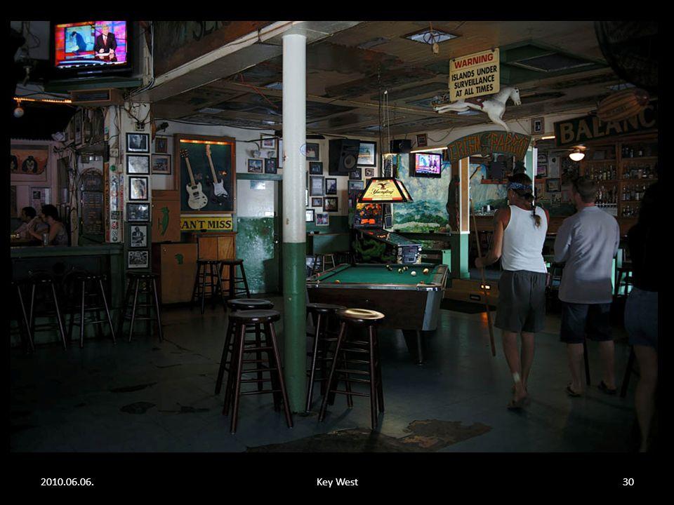 2010.06.06.Key West29 Egy Key West - i kocsma most.