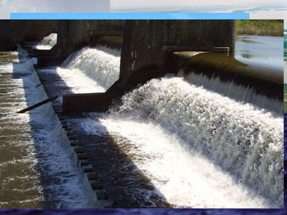 Vízierőművek Magyarországon Magyarországon is működik néhány vízerőmű –Tiszán –Rábán Magyar vízierőművek: –Kisköre –Tiszalök –Kenyeri