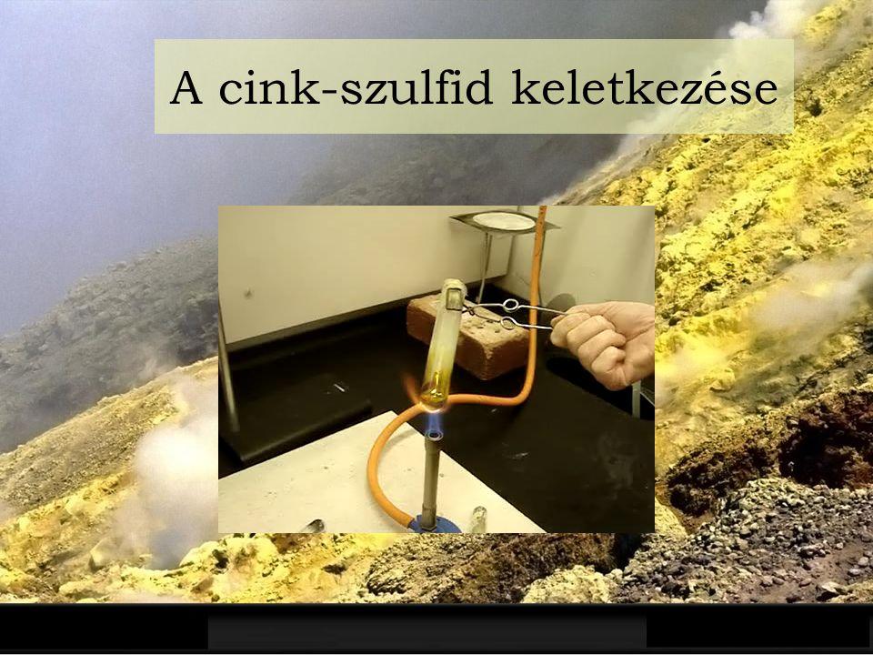 Előfordulása A természetben elemi állapotban is előfordul vulkánok környezetében Az élethez elengedhetetlenül aminosavakban is előfordul