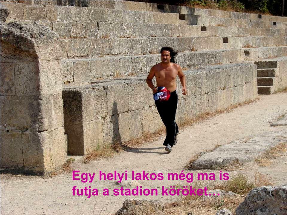 Egy helyi lakos még ma is futja a stadion köröket…