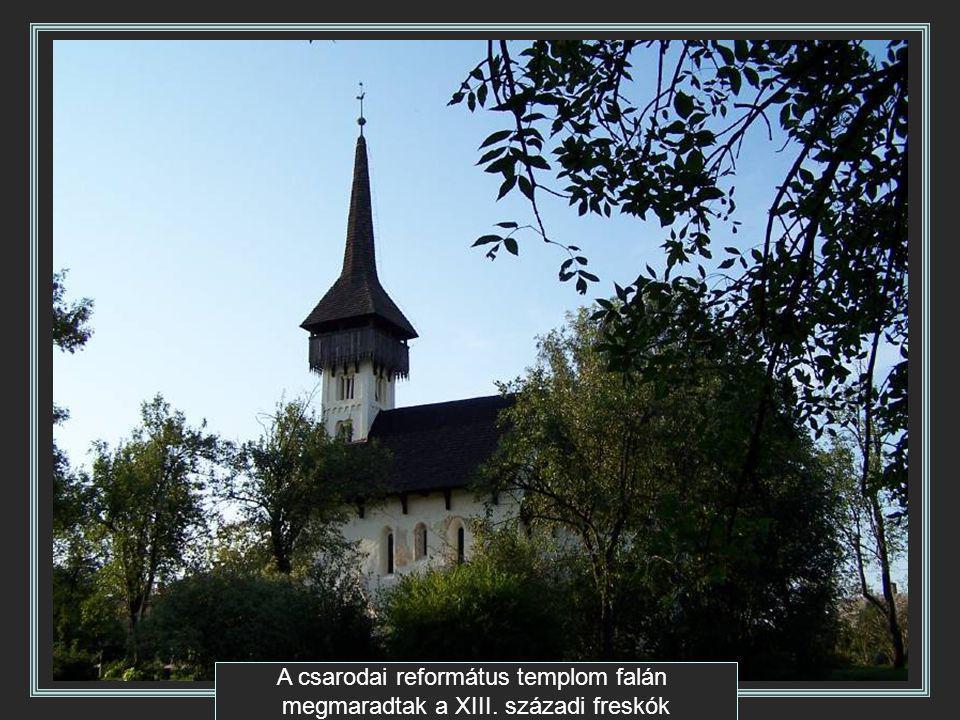 A csarodai református templom falán megmaradtak a XIII. századi freskók