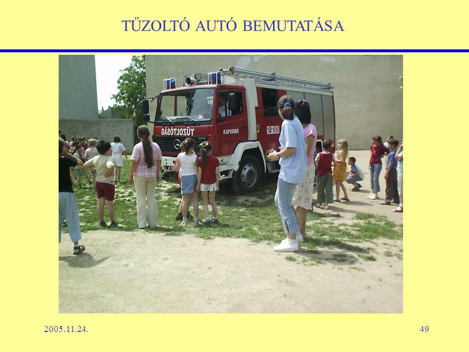 2005.11.24.49 TŰZOLTÓ AUTÓ BEMUTATÁSA