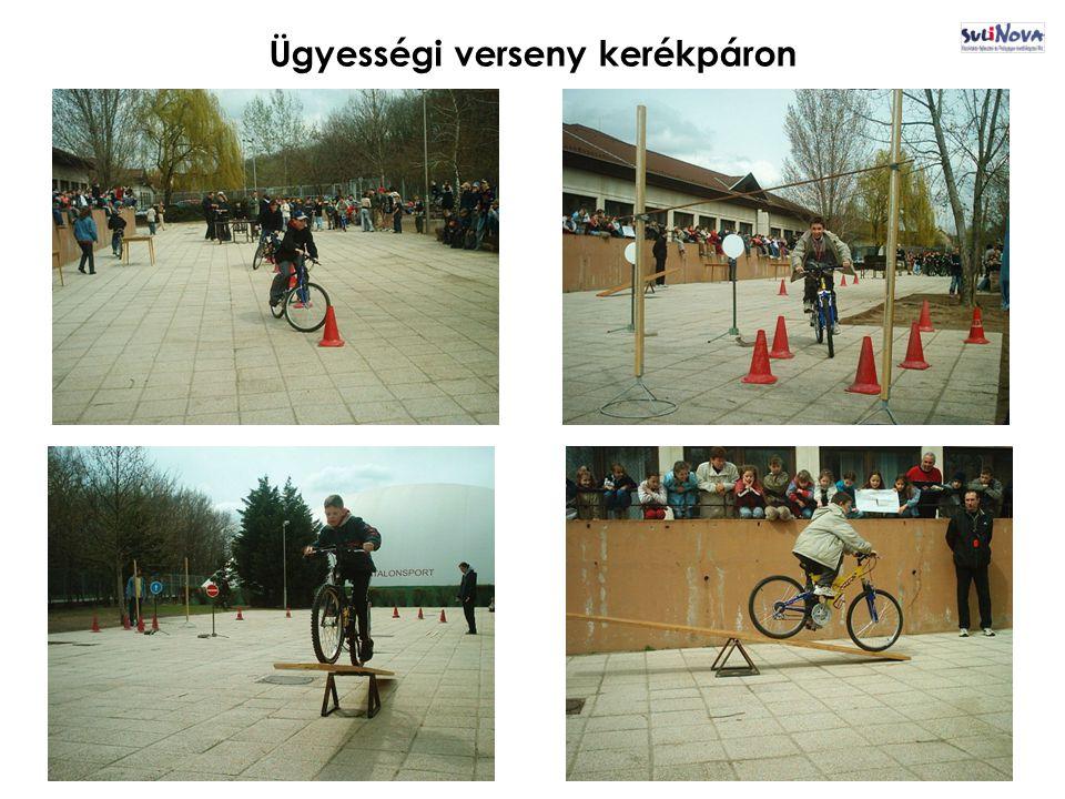 Ügyességi verseny kerékpáron