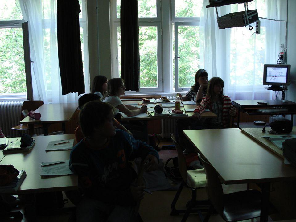 Digitális taneszközök használatával könnyebb vázlatot készíteni, áttekinthetőbb a tanulók munkája a füzetben.