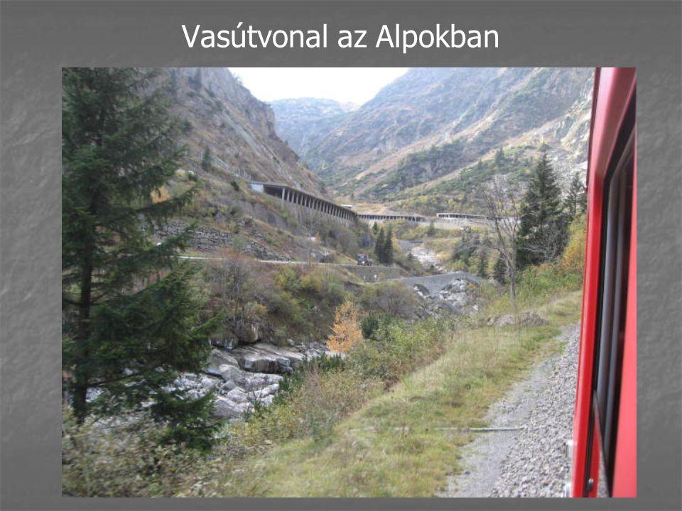 Vasútvonal az Alpokban