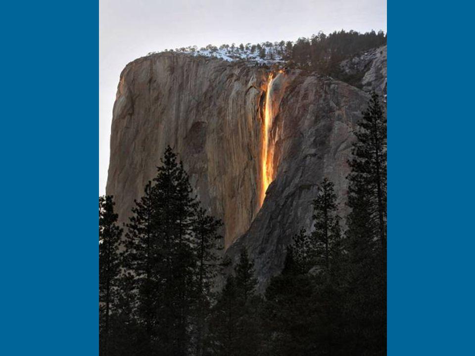 Yosemite Nemzeti Park, Kalifornia, USA Ez a hely 1890 -ben lett nemzeti park.